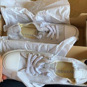 Women's converse shoreline shoes. Oyster grey 😍